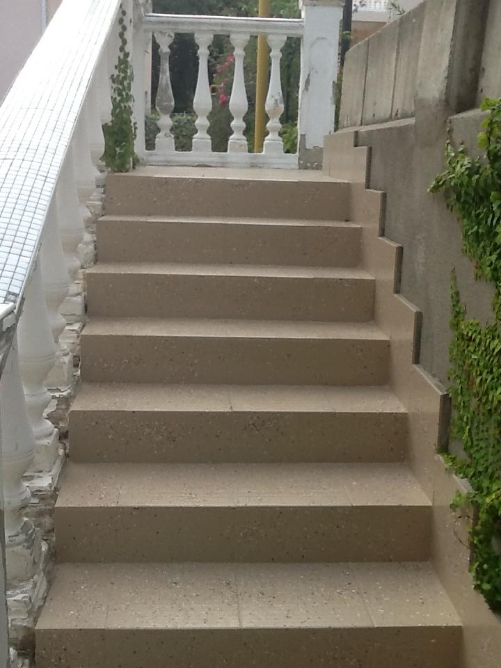 покрытие пола для лестниц