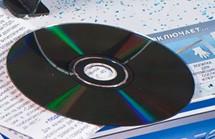 Инструкция на DVD.